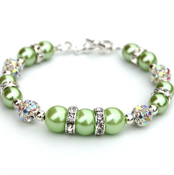 Bridesmaid Jewelry Apple Green Pearl Rhinestone por AMIdesigns                                                                                                                                                      Más                                                                                                                                                                                 Más