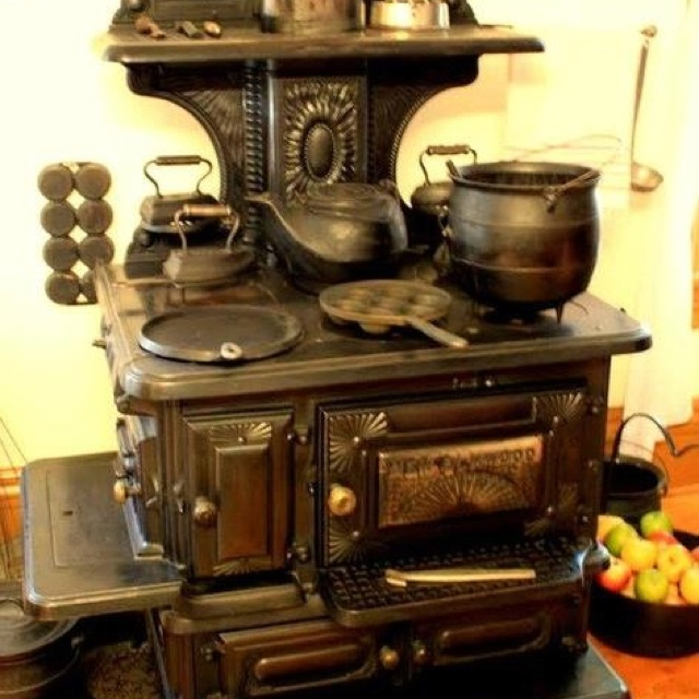 68 Best Images About Old Coal Stoves On Pinterest