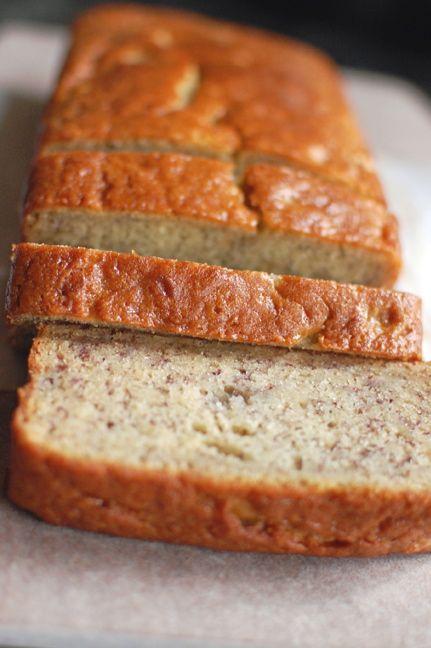 Readable Eatables: {Super Moist Banana Bread}