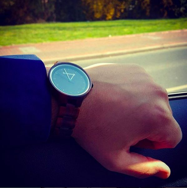 Holzuhr Herren #Holzuhr - Holz Armbanduhr www.bewoodz.de  #Bewoodz