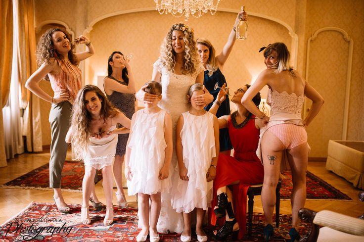 Me and my crazy friends #weddingday #flowergirls | @AliceCoppola Photographer