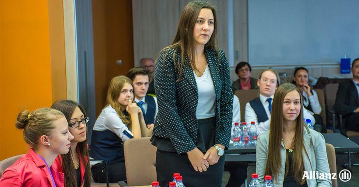 Az Allianz Hungária székházában szervezték meg a 2015. évi Pénzsztár verseny kárpát-medencei regionális középdöntőjét. Az elődöntőbe a Közgáz palánták csapata jutott tovább, akik Romániából, Szatmárnémetiből érkeztek, a Kölcsey Ferenc Főgimnázium tanulói.