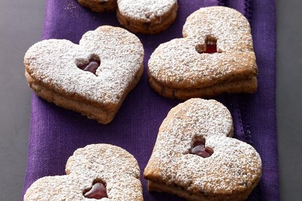 Linzer Heart Cookies | sweet treats | Pinterest