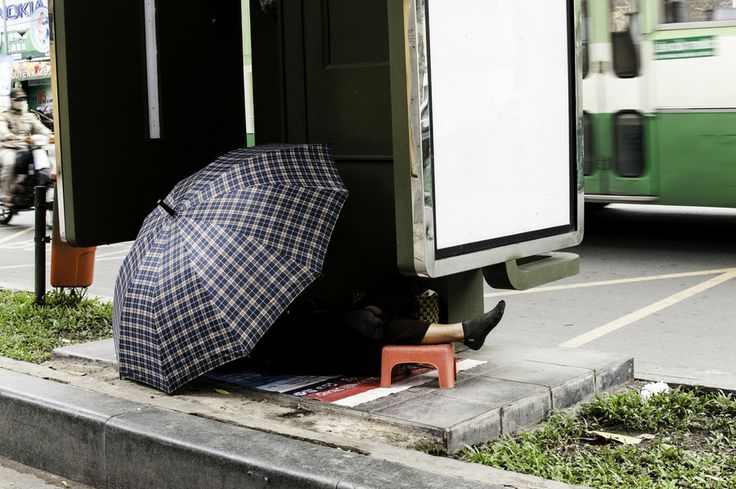 Bus stop nap by Federico Mosconi on 500px