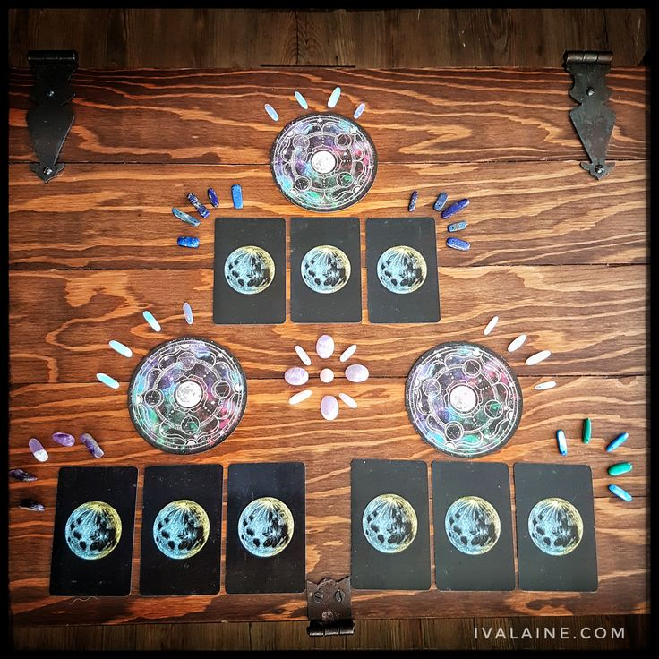 Jan 8-11 Weekday Reading! Oracle and Lenormand readings are a fun way to get a little insight into your day/week/weekend. Take a minute to clear your mind and center yourself. You can do this by taking a few deep breaths and focusing on the cards.