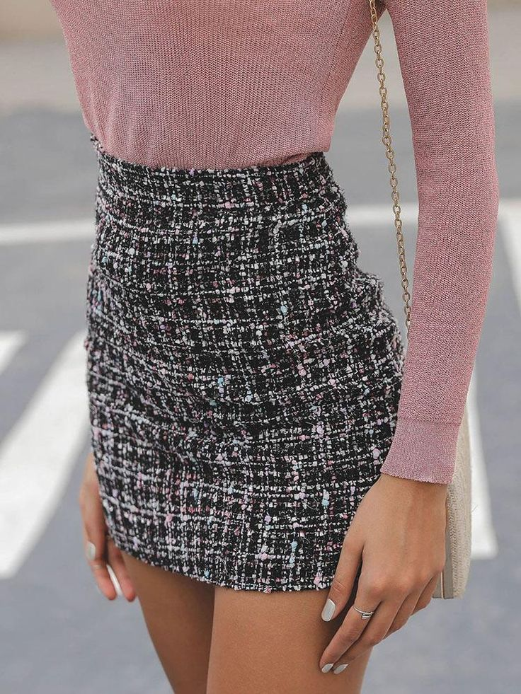Mini-Tweedrock mit hoher Taille – outfits – #hoh…