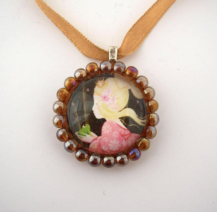 The princess and the frog - glass pendant beads framed