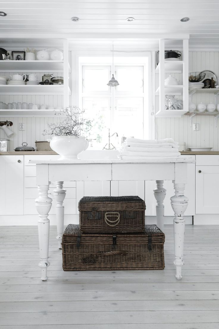 vintage interiors | #cottage #country #decor #shabby #white #kitchen