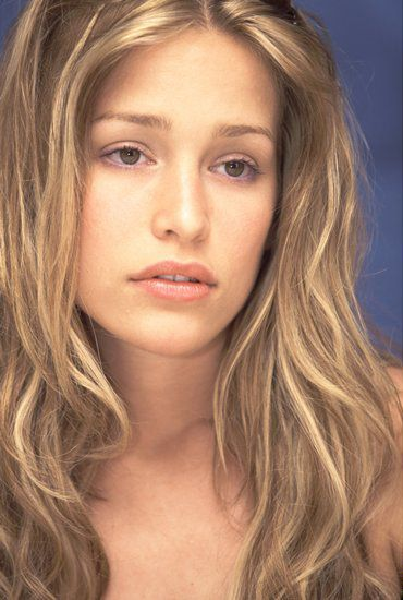 Piper Perabo, model for Vivien in Book One of The Renegade Royals