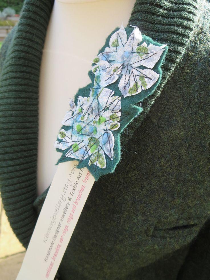 #textilebrooches #HandmadeHour #edinburghdesigns kbrownjewellery #etsyseller #etsygifts #etsyshop