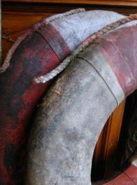 Oude Brocante Reddingsboei Rood Wit