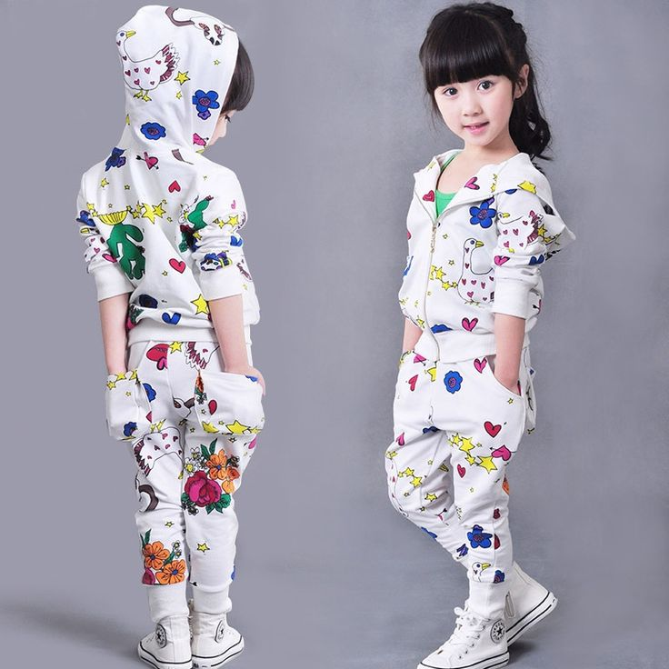 27.79$  Buy here - https://alitems.com/g/1e8d114494b01f4c715516525dc3e8/?i=5&ulp=https%3A%2F%2Fwww.aliexpress.com%2Fitem%2FBaby-clothes-Autumn-Clothing-set-Kids-Sport-suits-2-pieces-Girls-Tracksuit-Doodle-print-Sportswear-100%2F32710558874.html - Baby clothes Autumn Clothing set Kids Sport suits 2 pieces Girls Tracksuit Doodle print Sportswear 100-160cm 27.79$