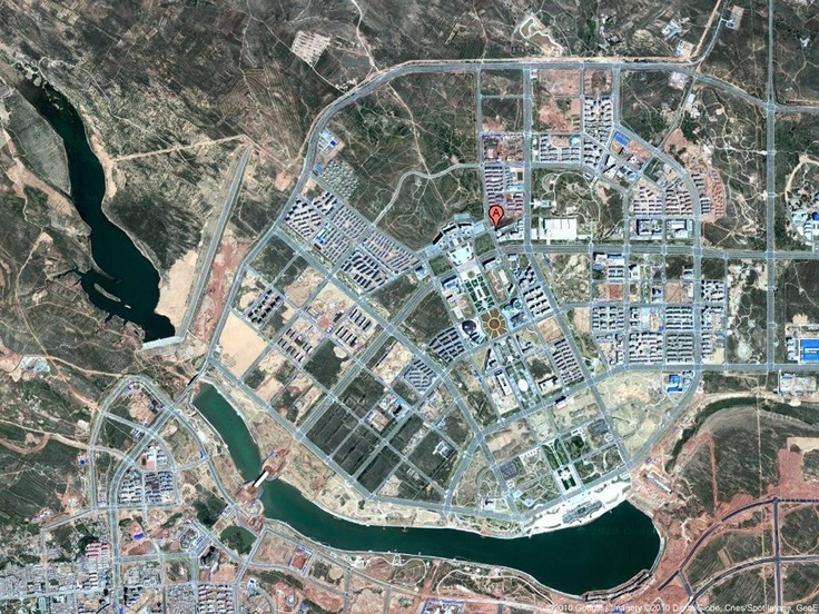And Now Presenting: Amazing Satellite Images Of The Ghost Cities Of China | http://www.businessinsider.com/pictures-chinese-ghost-cities-2010-12#