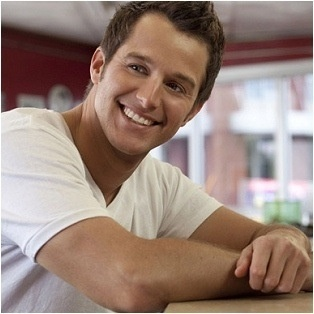 Easton Corbin!! favorite country singer :)