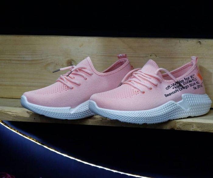 Sepatu Sport Wanita Kelsey 802 Warna Black Sepatu Wanita