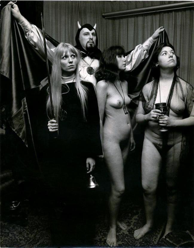 Leila ferraz nudes for satan mature boobys