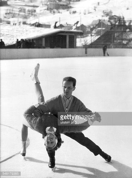 Marika Kilius und Franz Ningel. Paar Eiskunstlauf 1956