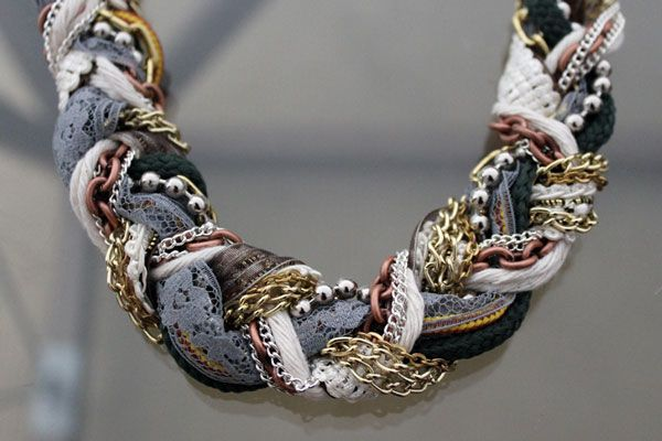 DIY Braided Statement Necklace... Click through for the tutorial
