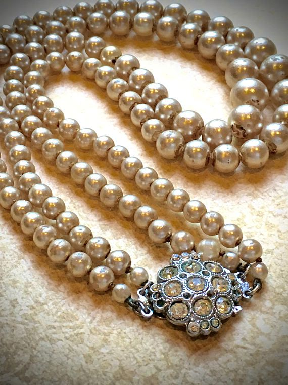2 Strand Vintage Pearl Necklace With