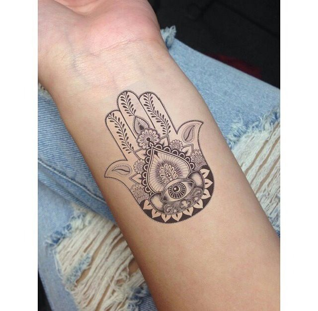 how to draw a hamsa hand