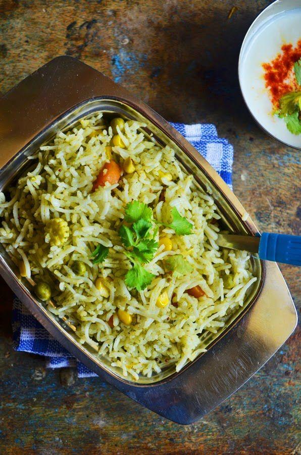 Chutney chawal with veggies,easy pulao with mint coriander and veggies,recipe @ http://cookclickndevour.com/mint-coriander-pulao-reipe-chutney-chawal-recipe-pulao-recipes