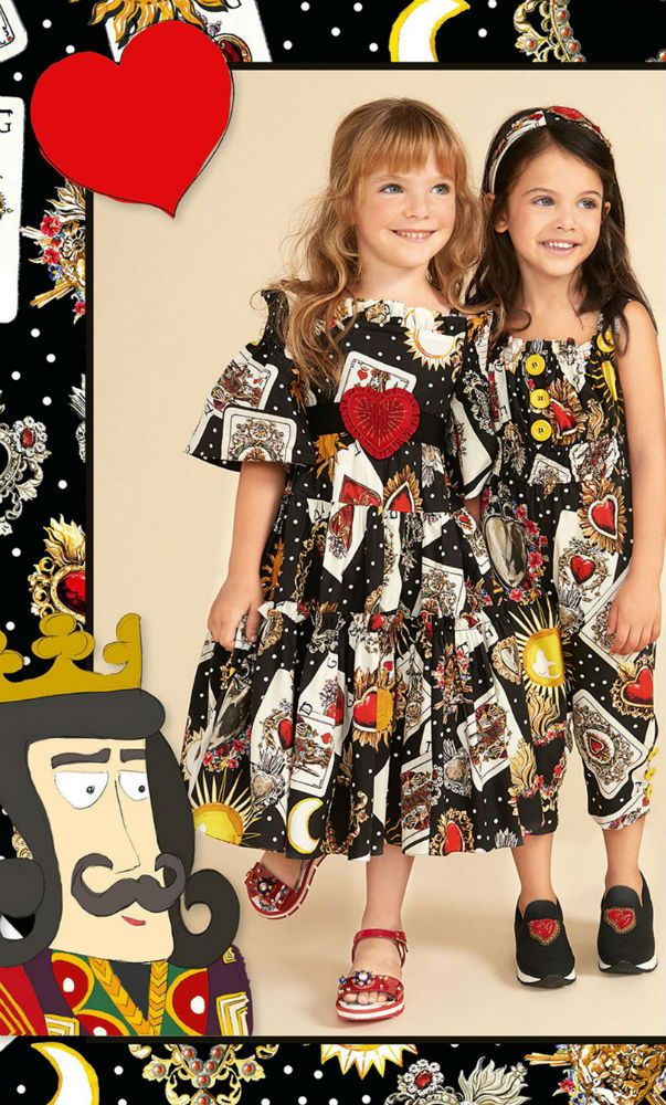 116ad7d84f351 DOLCE   GABBANA Girls Mini Me Black Queen of Heart Card Print Outfit for  Spring Summer 2018. Love this delightfully pretty mini me look inspired by  the D G ...