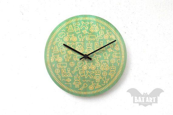 Baby Kids Wall Clock 20cm  Picto design  Hearts design  by BatLab