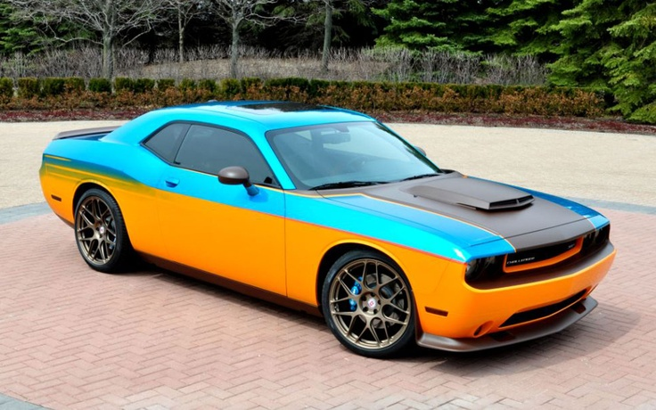 Dodge Challenger SRT8 Designed by Tim McGraw Up for Grabs - WOT on Motor Trend