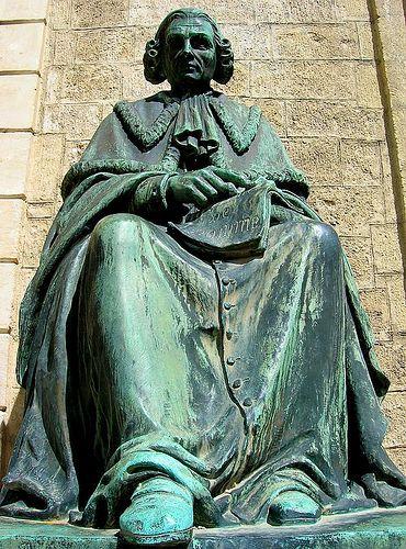 statue de P. J. Barthez .Fac. de Médicine Montpellier. Languedoc-Roussillon