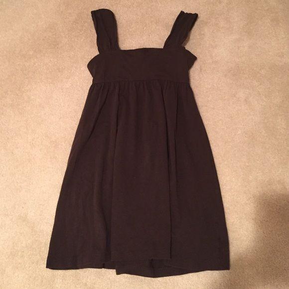 Victoria secret dress Built in bra! Great as a cover up or dress! Victoria's Secret Dresses