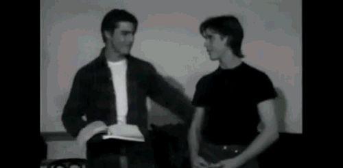 Tom Cruise and Thomas hugging, adorable!
