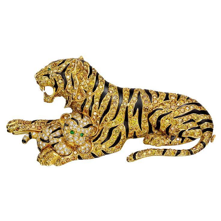 Estate Van Cleef & Arpels Yellow Diamond 'Tiger Mother & Cub' Brooch