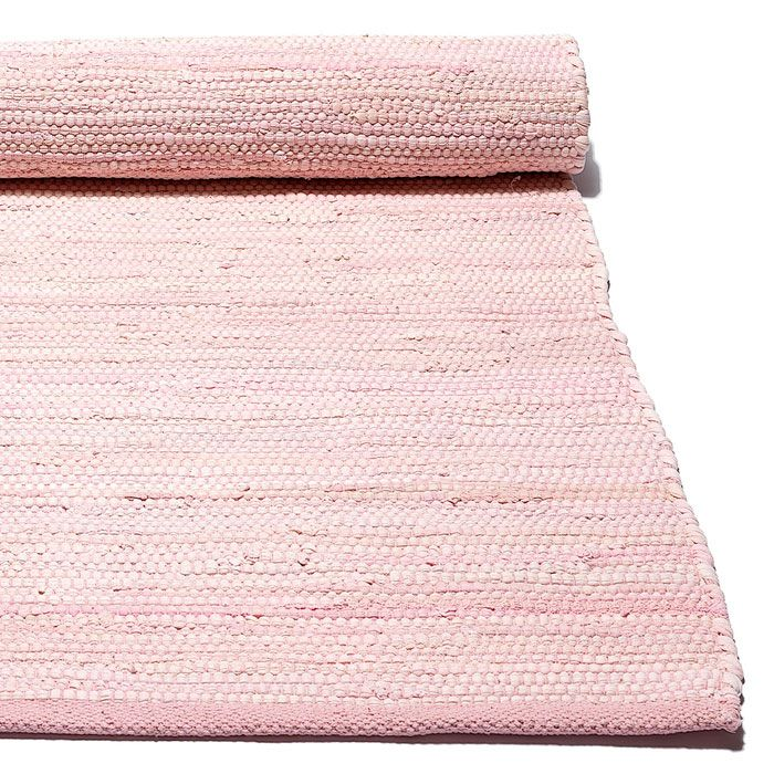 Our pale pink saga rug is perfect for a child's bedroom and is 100% machine washable! Gifts, rugs and inspiration for bedrooms and home decoration from Skandihome.com