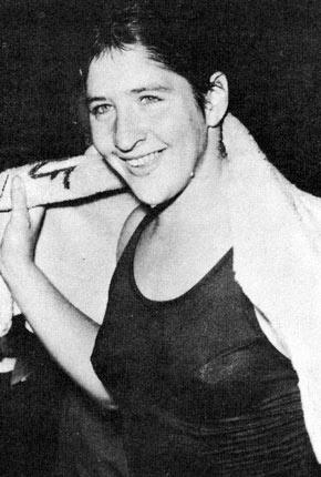 Dawn Fraser, Australian Swimming Champion........ 5 Golds in her day......