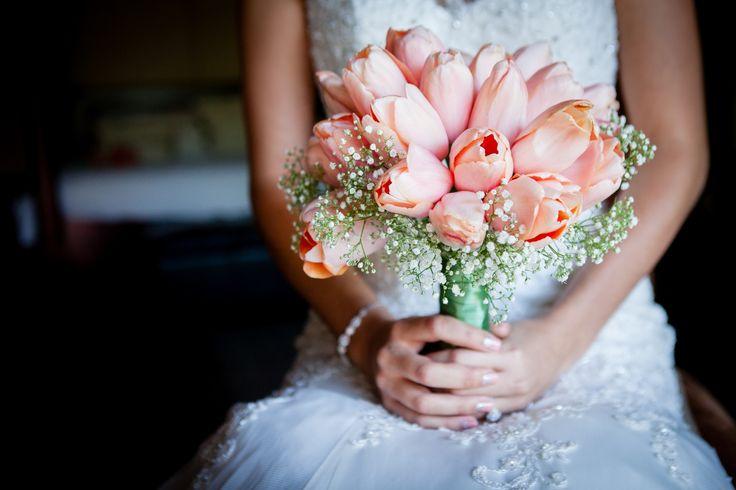 #Bride #Tulips #Romantic #Love #Wedding #Flowers #Photographer #everymomentamemory www.thegirlwiththecamera.co.za