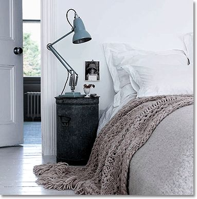 black and white bedroom decorating ideas: cool contemporary colors for the bedroom