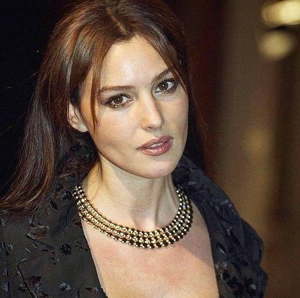 Monica Bellucci الجمال الإيطالي Monica Beauty