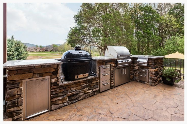 https://flic.kr/p/xftrMJ | Custom Outdoor Kitchen, Ooltewah, Tn. | Sleek and functional, Southern Hearth and Patio designed and built this Fire Magic outdoor kitchen with a Primo komodo smoker, slide out trash drawer and lots of storage, all while keeping the griller's view on the golf course.