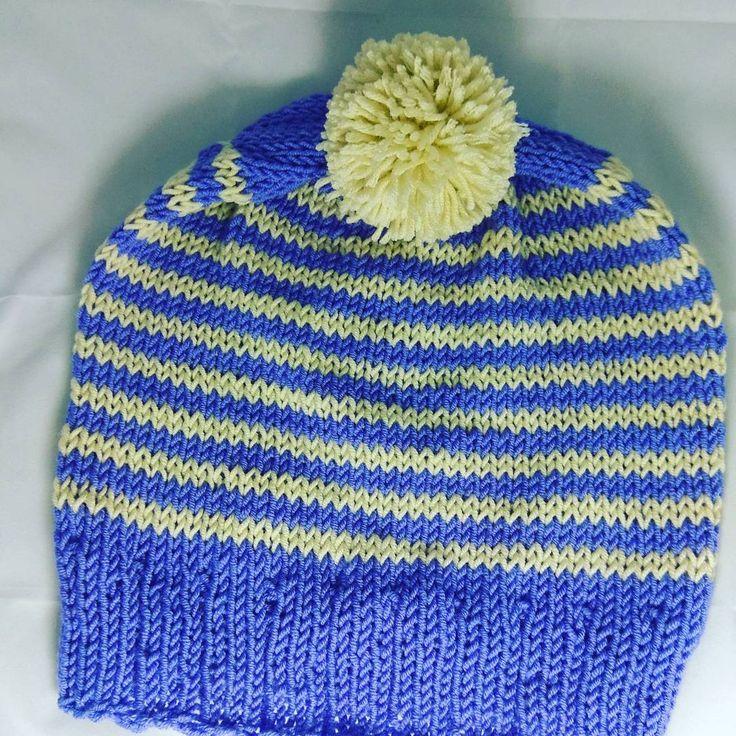 "#handmade #knitting #knitwear #hat #hatknitting #needles #knitcap #cap #pompoms #lanamerino 100%…"""