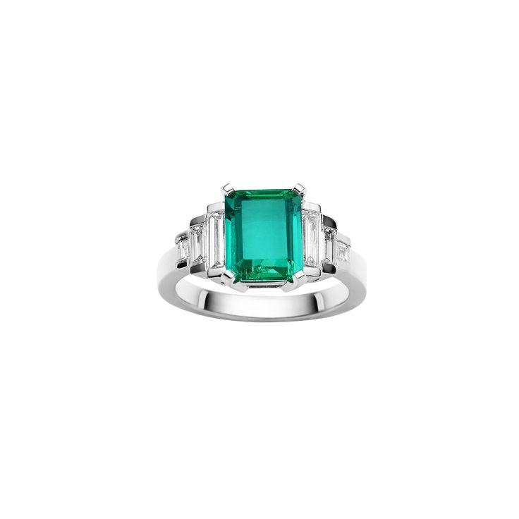 Jan Logan 18ct Emerald and Diamond Ring