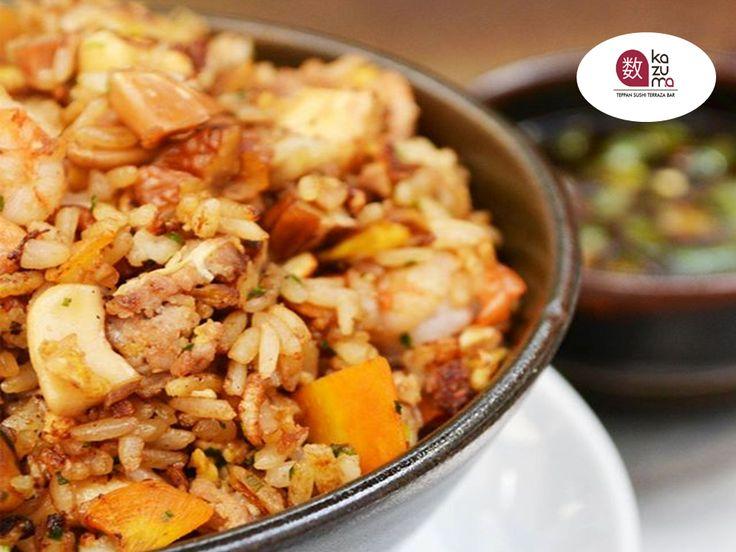 LA MEJOR COMIDA JAPONESA EN POLANCO. EN RESTAURANTE KAZUMA le sugerimos probar nuestro delicioso y único YAKIMESHI KAZUMA elaborado con nuez de la india, nuez pecana, almendra, verduras, camarón y carne. Le esperamos en Julio Verne #38 Colonia Polanco. #comidajaponesa