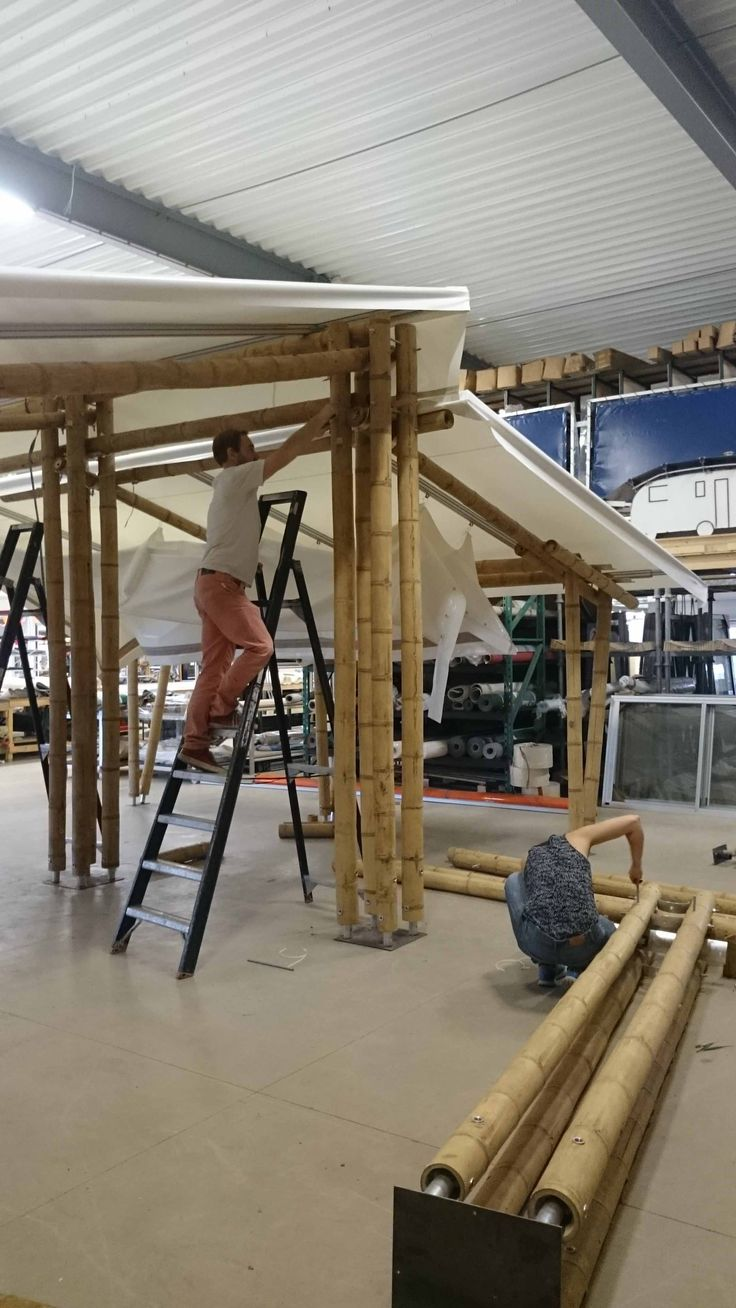 This week we extended the luxury bamboo tent for our first costumer in The Netherlands.