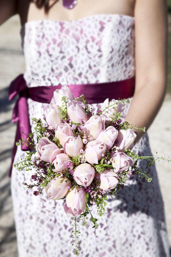 pink tulip bouquet