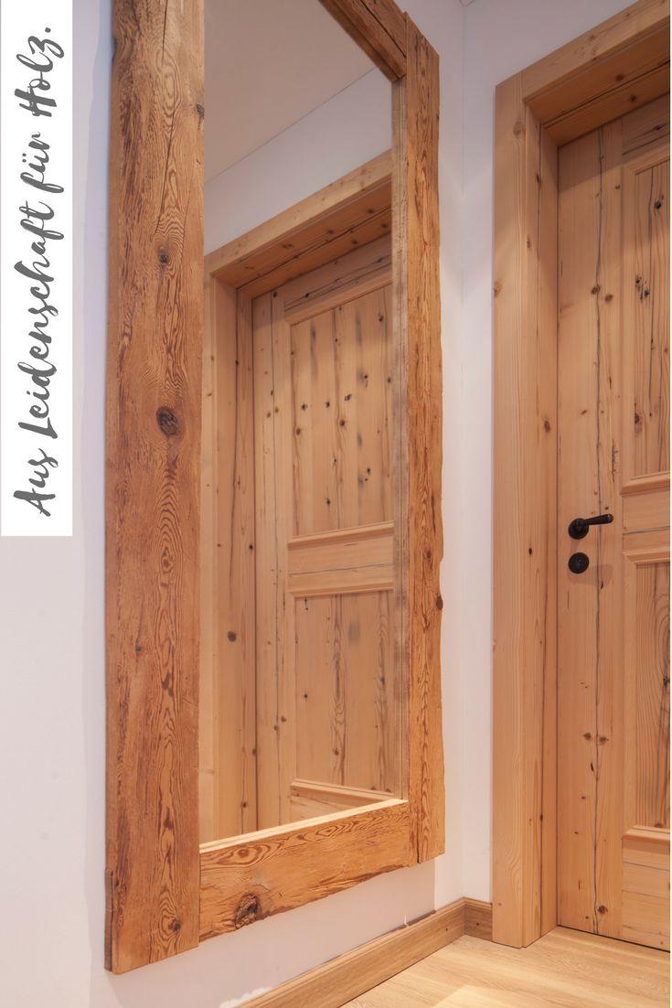 Spiegel und Türe aus Altholz Fichte/Tanne gebürstet