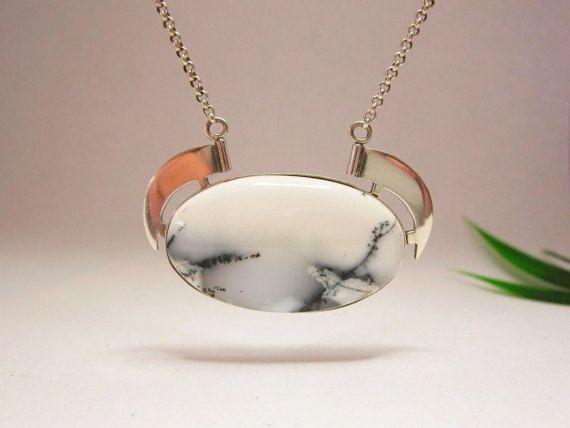 Unieke zilveren hanger met dendriet opaal door KarenKleinEdelsmid