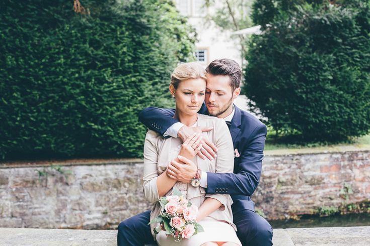 Ein Foto von meinem Brautpaar, die dieses Jahr eine standesamtliche Trauung im freien hatten. Sommerhochzeit.