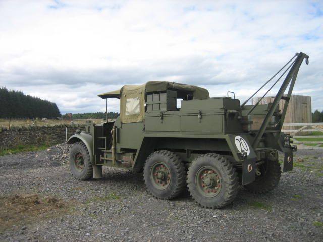 Morris CDSW 6x4 Military Tow Wrecker Truck (UK) Army
