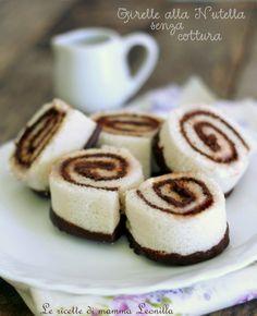 Le girelle alla nutella senza cottura sono delle merendine facilissime e veloci da preparare con soli 3 ingredienti. Ottime per feste di compleanno.