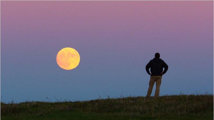 TODAY [Supermoon], Stargazers Around the Globe Enjoy Largest Full Moon O...