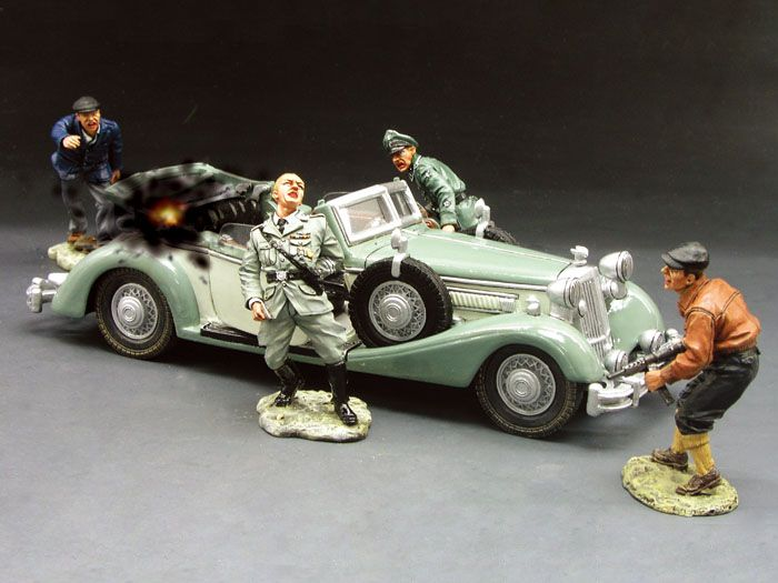 This special set includes Heydrich himself... his SD driver ... and the two brave Czech patriots Jan Kubis and Josef Gabcik and a superb model of the Reichsprotektor's Staff Car.WS104(SL)(L).jpg (700×525)